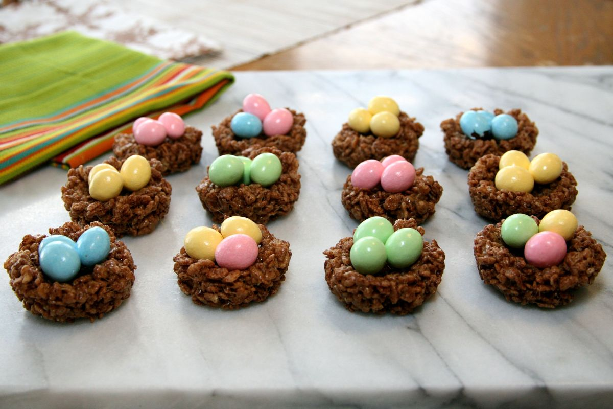 Easter Egg Nest with Rice Krispies