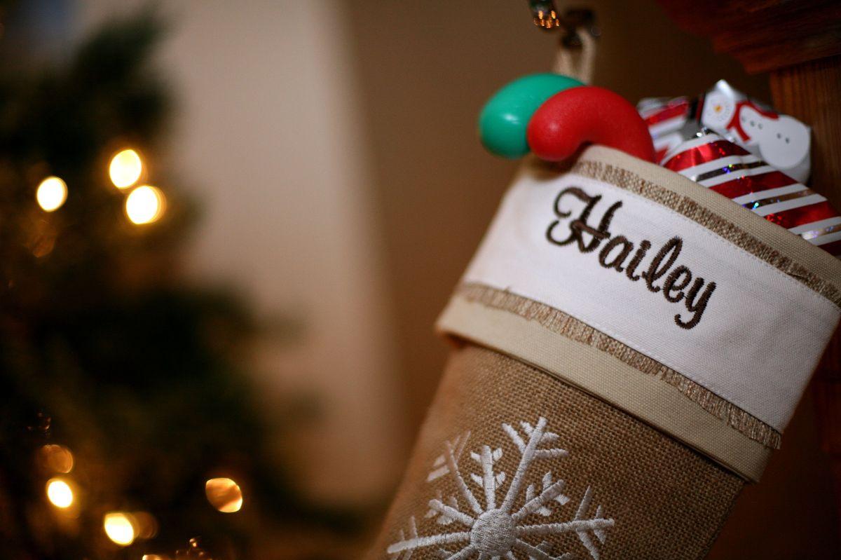 Christmas Morning + Homemade Hot Cocoa